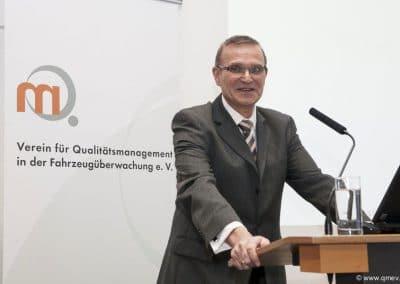qmev-symposium-15